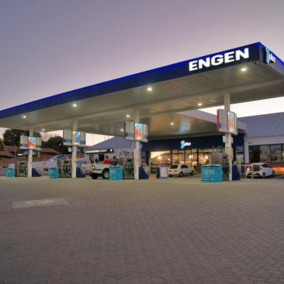 Engen_garage1