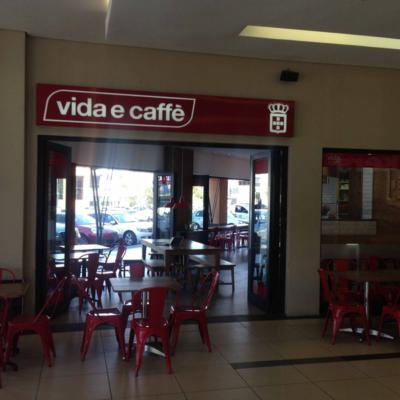 Vida-e-caffe-Signage-(8)